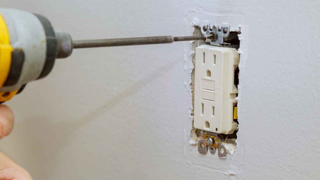 Commercial Maintenance and Repair Services